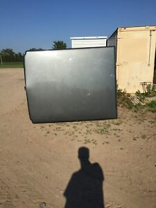 Truck topper for a 99-07 Chevy or gmc