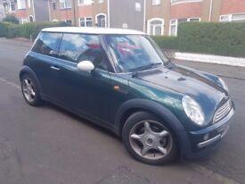 Mini Cooper 1.6 petrol good condition £1100