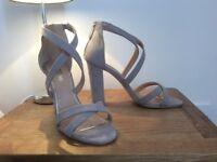 BRAND NEW Miss KG taupe chunk heel