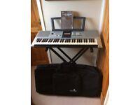 Yamaha Digital Keyboard E323 for sale.