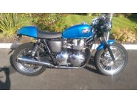 2001 Triumph Bonneville 790cc Cafe Racer (thruxton parts, Hinckley, carb model