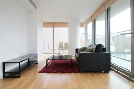 + SUPERB 1 BED APARTMENT ON THE 8TH FLOOR IN CANARY WHARF