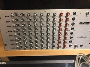 Drum machine Vermona drm1 with triggers