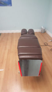 Chiropractic table- Sturdy and well maintained