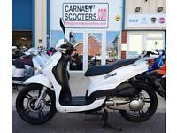 2015 64 plate white Peugeot tweet 125 scooter moped learner legal
