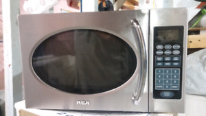 Microwave oven RCA