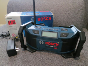 BOSCH COMPACT 18V JOBSITE RADIO - MODEL PB180 - NEW