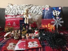 Large bundle of Christmas items! 🎄