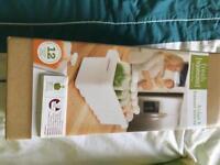 Baby storage tray