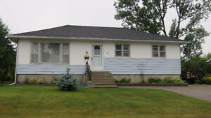 44 Kain Cres in Elliot Lake ON