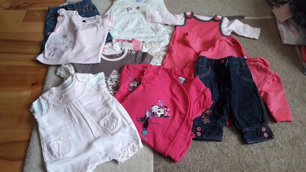 Baby & toddler girls clothes bundles, shoes, boots & socks. Priced per bundle. Email for other pics.