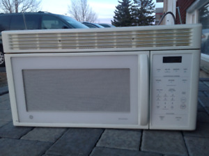 GE Over the Range Microwave Oven