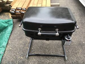 Camping BBQ w/ quick connect hose for camper