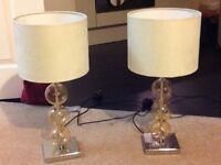 2 identical table lamps