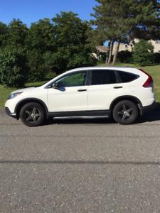 2014 Honda CR-V VUS bas km par particulier