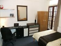 ★★ Dynamite Double inc FREE Internet In Prince Regent DLR area. Extremely Close to Canary Wharf ★★