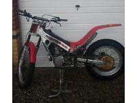 Montesa 315r Honda 250cc trails bike . swaps