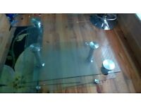 BEAUTIFUL JAQUE EXTENDIN GLASS COFFEE TABLE