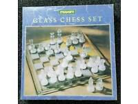 GLASS CHESS SET MAXIM