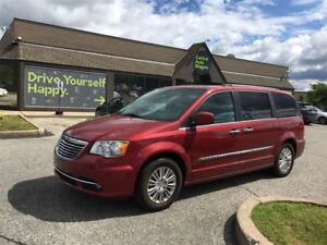 2015 Chrysler Town & Country Premium/CARPROOF CLEAN/STOW 'N GO/H