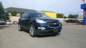 clean title !! saftied 2010 chevrolet traverse Awd