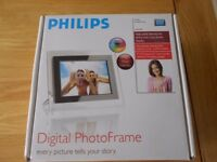 Philips Digital Photo Frame-in v.g.c. complete in original box with all leads and Quick Start Guide
