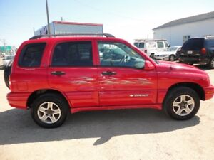 2004 CHEVROLET TRACKER SPORT EDITION AUTO V6-4X4 WELL MAINTAINED