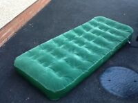 Double size flocked inflatable air bed and single sized flocked air bed. Very good condition.