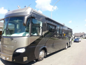 Luxury Coach  Must Be Seen  Excellent Value