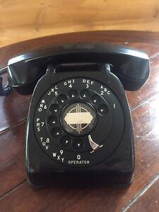 Vintage Black Desktop Rotary Phone