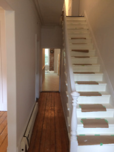 PERFECT LARGE 4-5 BEDROOM HOUSE FOR RENT CENTRAL HALIFAX