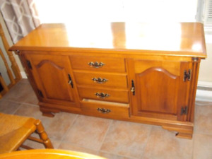 MUST GO  ALL FOR  $130.00   OAK TABLE/CHAIRS/BUFFET AND HUTCH