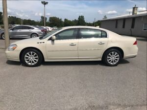 2011 Buick Lucerne CXL - LOW KMS - Like New