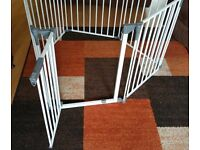 The Dreambaby® Royale Converta® 3 in 1 Play-Pen Gate