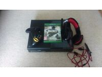 Xbox one with controller,Call of Duty and gamer headset
