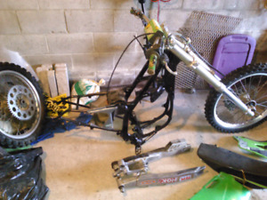 1996 kx 125 in pieces