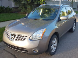2008 Nissan Rogue SL SUV, low KMs, winter rims and tires
