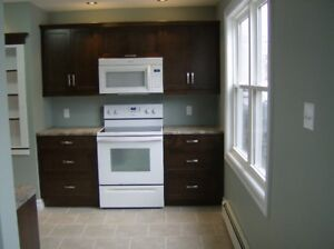 Students: 5 bedroom house for rent near Acadia University