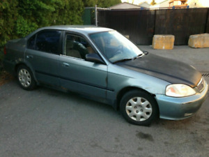 Honda Civic 1999 700$!!!!!