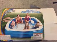 Deluxe Party Swimming Pool