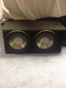 two 10inch Infinity car subwoofers / 600w amp