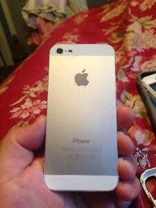 iPhone 5 mint condition