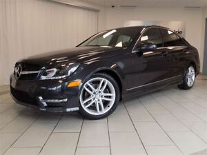 2012 Mercedes-Benz C-Class C250 4MATIC, Mags, Toit, Cuir, Automa