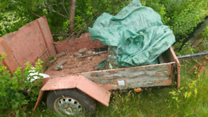 4x6 utility trailer.with papers