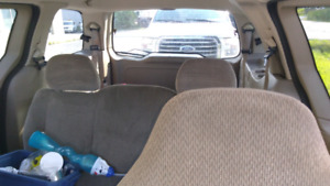 2003 Ford Windstar 1000$