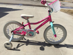 Like new Girls Bike with Training Wheels