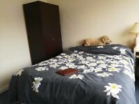 Furnished double room in shared house