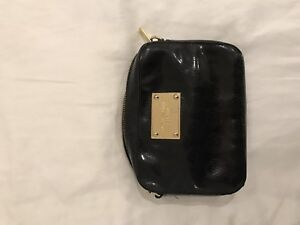 Michael Khors black purse - selling for only $20