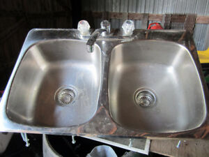 Double Stainless Steel Sink & Taps