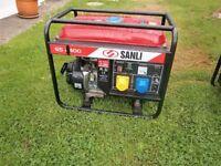 Sanli GS2400 Portable petrol generator 2400 W output. 196 CC.